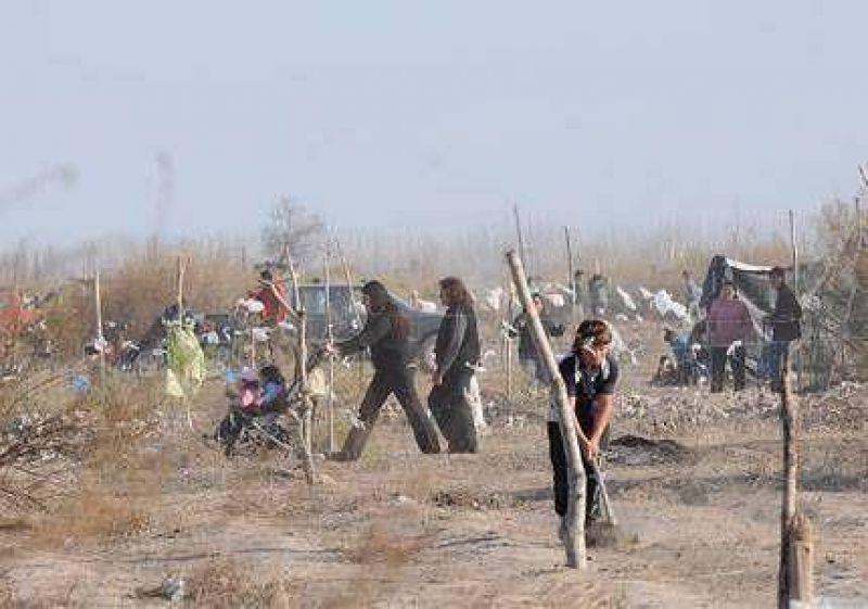 Casi 100 familias usurparon terrenos en Palmira, San Mart�n