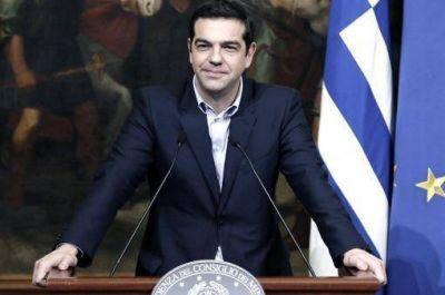 Con el riesgo de un cisma en Syriza, Tsipras impulsa m�s ajustes para mantener a Grecia en el euro