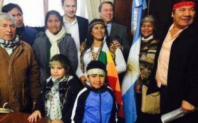 Entregan primera Escritura Comunitaria a un pueblo originario en la Provincia