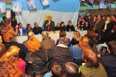 """Poggi: """"Adolfo es la alternativa que tenemos los argentinos"""""""