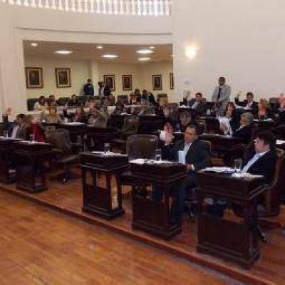 Sesionó la Legislatura y se ratificó la vigencia del decreto 840
