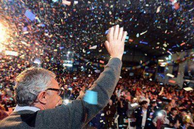 Zamora encabezó una nueva cena de campaña en Troncos del Talar