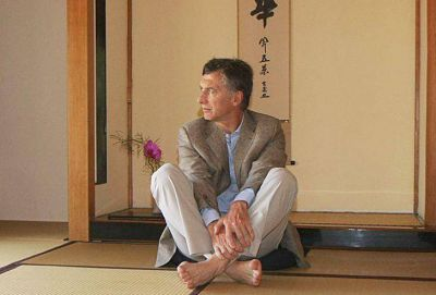 Macri encontró en la armonización budista la manera para abrir su universo íntimo