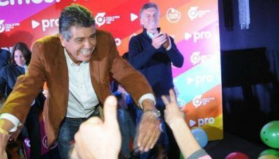 """Rotundo triunfo del """"Gato"""" Romero en Villa Allende"""