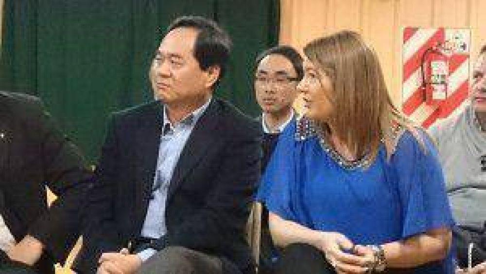 Visita protocolar del Embajador de China Yang Wanming