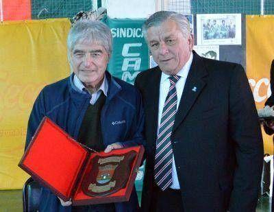 El Intendente Infante homenajeo al Chango Cárdenas en el día de su cumpleaños