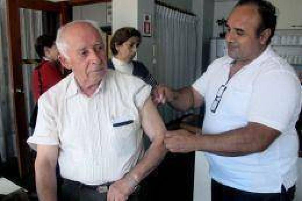 Inician una campaña de vacunación contra la hepatitis y concientizan sobre los riesgos de esta enfermedad