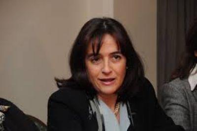 """Virginia Linares le apuntó a Scioli: """"No tiene compromiso para combatir el Narcotráfico"""""""
