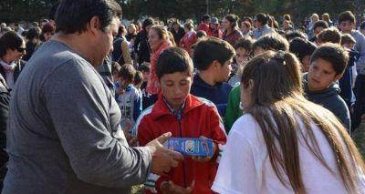 Elecciones 2015: Salazar festejó el día del niño en Santa Lucía