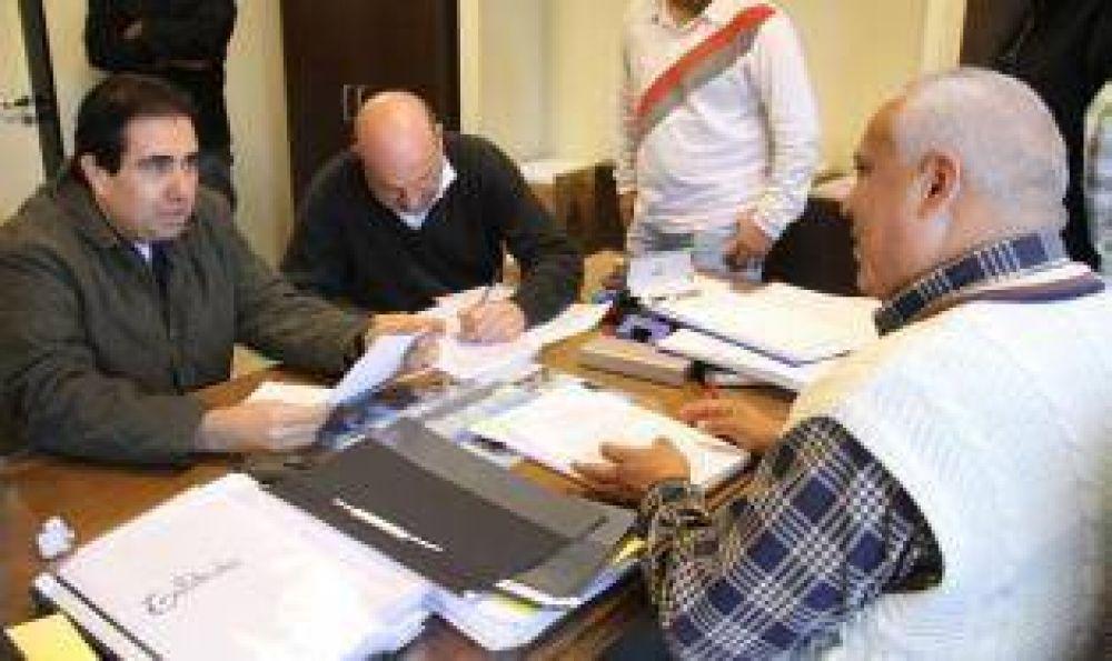 Mansilla, electo en 2007 y 2011, tendría el aval para postularse