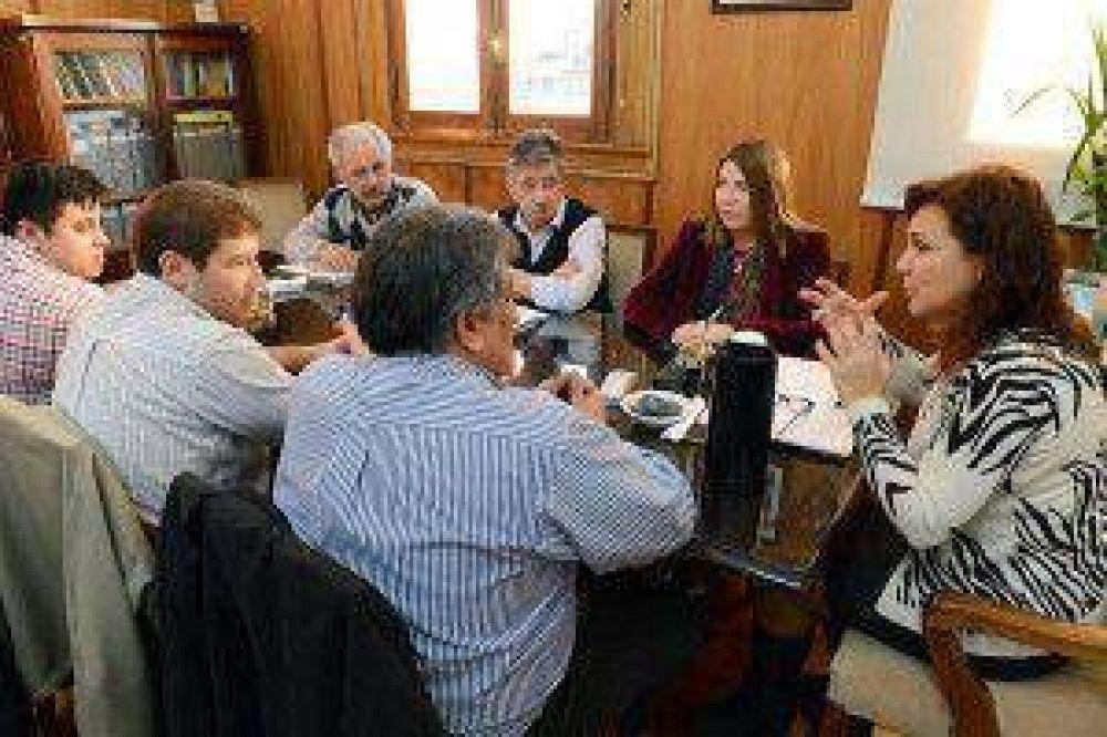 La gobernadora electa Rosana Bertone analizó políticas de desarrollo rural en Tierra del Fuego