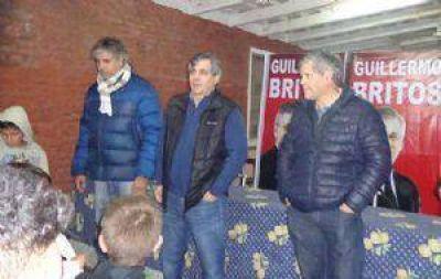 Guillermo Britos y sus candidatos se reunieron con vecinos de Ramón Biaus