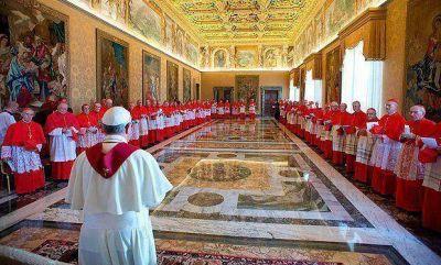 Reforma vaticana: periodos de 5 años para los altos cargos de la Curia