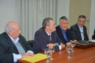 Firmaron convenio entre OSSE y la Superintendencia de Riesgos del Trabajo