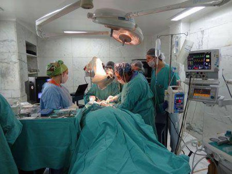 Los trabajadores de clínicas y sanatorios acordaron un aumento salarial del 32 por ciento