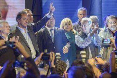 Ante sindicalistas, Scioli prometió