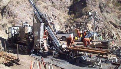 La oposición recurrió a la Justicia para conocer convenio minero