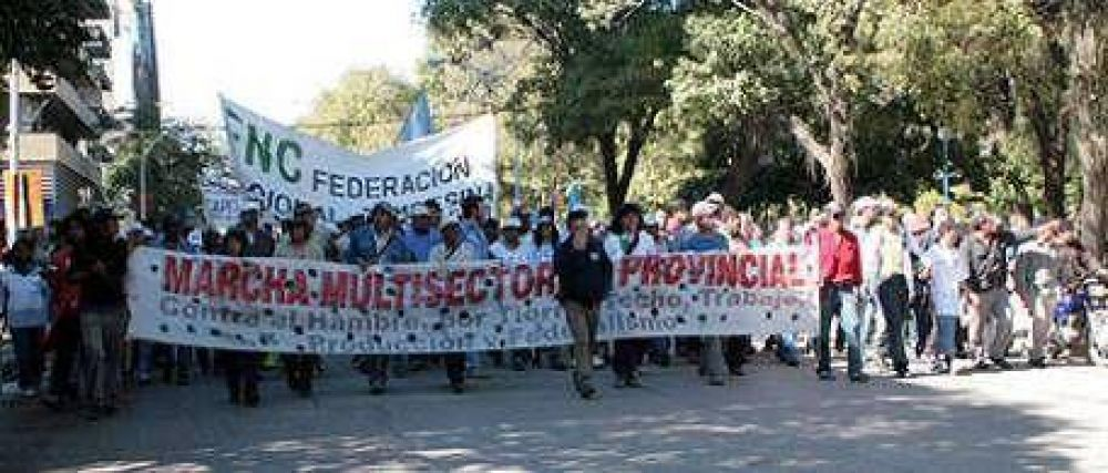 """Chaco: """"Capitanich no cumplió sus promesas"""""""