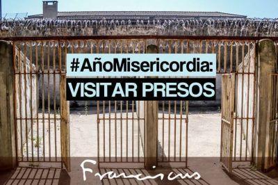 7 obras de misericordia, preparando el año santo con papa Francisco: visitar a los presos