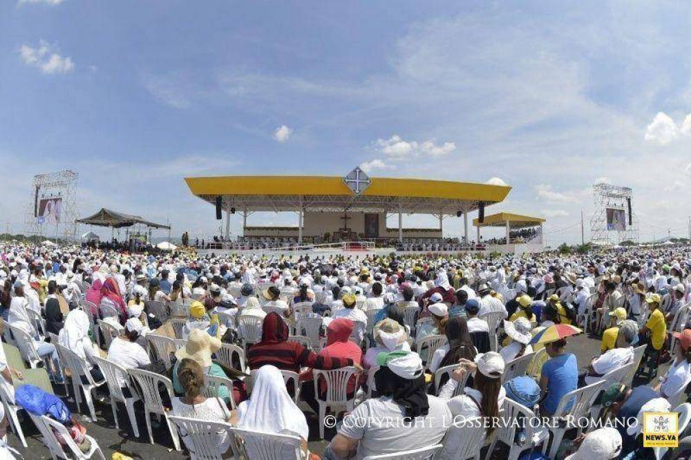 Ecuador: El altar del Papa se convierte en iglesia parroquial