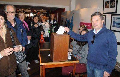 Ramírez Lijo nuevo presidente del Club Náutico
