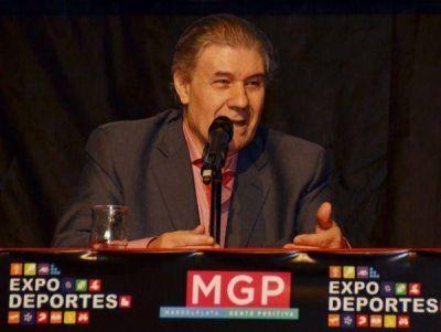 Víctor Hugo Morales pasó por la Expodeportes 2015