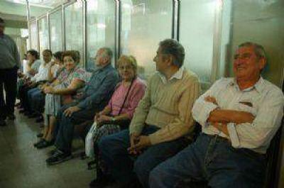 Prestadores de PAMI dejan de atender por demoras en los pagos