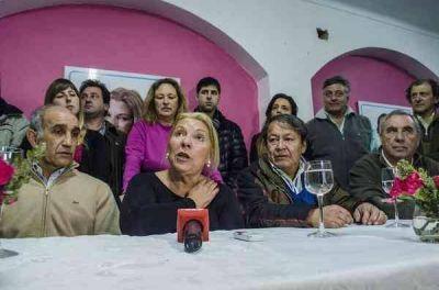 Elisa Carrió visitó Azul de en el marco de la campaña electoral