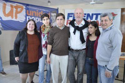 """""""Hay que votar diferente para vivir diferente"""", afirmó Víctor De Gennaro en su paso por Paraná"""