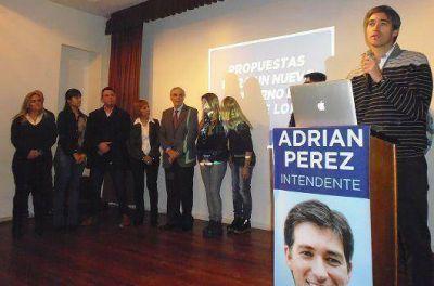 Pérez presentó propuestas de gobierno a vecinos de Olivos