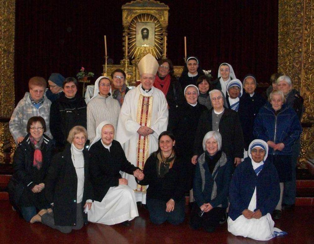 Mons. Marino invitó a los consagrados a vivir en la acción y en la contemplación