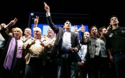 En un multitudinario acto, Molina mostró fuerza y se prepara para enfrentar a Zúccaro