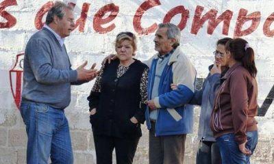 """Olivares irónico: """"Miren si el fantasma le da un susto al Beder"""""""