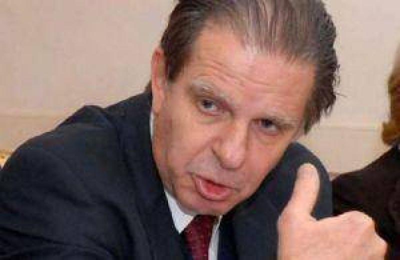Nanclares descart� la reforma judicial propuesta por Jaque.
