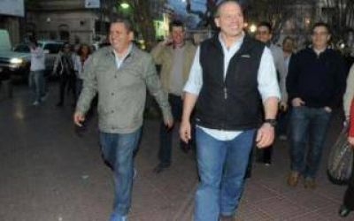 Berni brindó su apoyo a los candidatos del FpV en San Fernando y Moreno