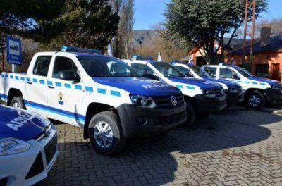 Gobernación entregó nuevos móviles policiales en El Calafate