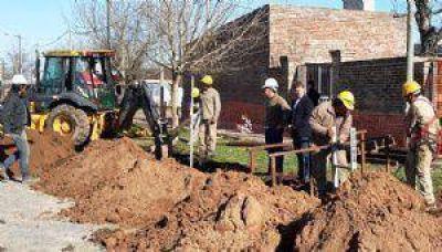 Se inició la construcción de la red cloacal en el barrio La Agraria