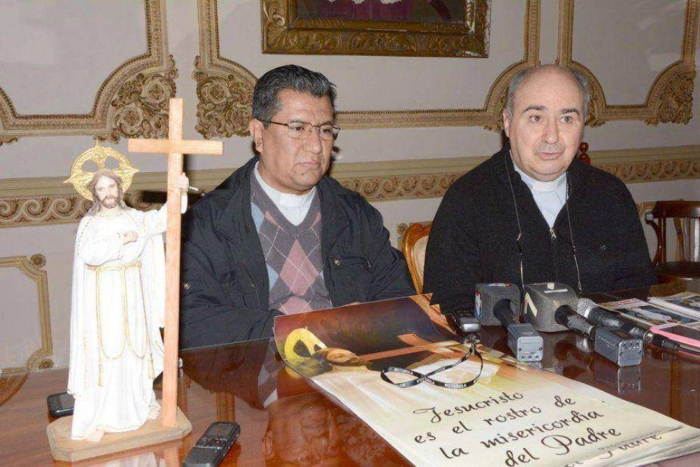 Invitaron a la procesión y misa de San Salvador