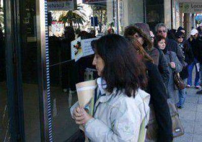 Los bancos privados piden zafar de la ley anticolas