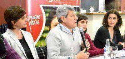 De Gennaro, en la ciudad en apoyo al Socialismo