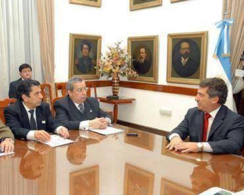 Coincidencias entre el gobernador Urribarri y la Federaci�n Econ�mica