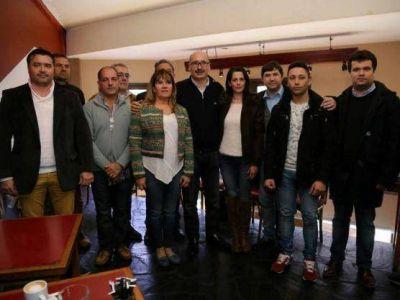 """Carlos Melzi cerró su campaña: """"Somos la primera fuerza del Frente Renovador en la ciudad"""""""