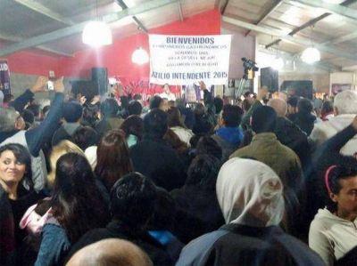 Roncoroni ratific� el rumbo de la campa�a y afirm� que en el acto de cierre hab�a 1.400 personas