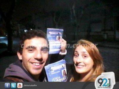 Integrantes de la Lista 34 del FPV continuaron con la entrega de boletas