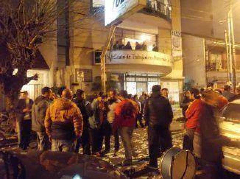 El 63,8% de los municipales ratificaron la conducción del Ronco Méndez