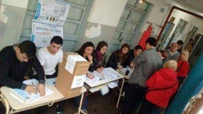 PASO: Con demoras y resistencias, comenz� la jornada c�vica