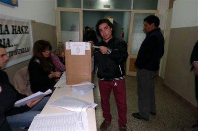 Votó Renzo Cepeda