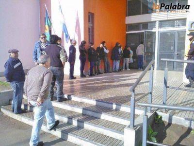 Con importante afluencia de electores se desarrollan las PASO en Patagones