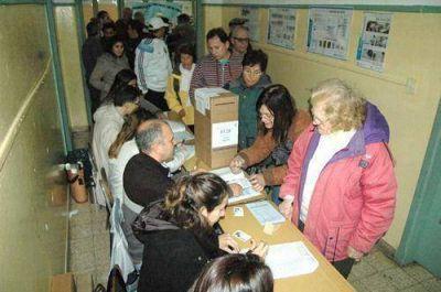 Por la tarde, en Junín se incrementó la asistencia a los lugares de votación