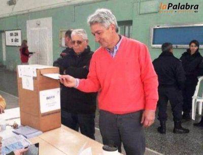 Zara emiti� su voto en Stroeder
